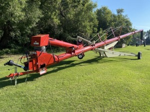 "FarmKing 13""x70' swing hopper auger"